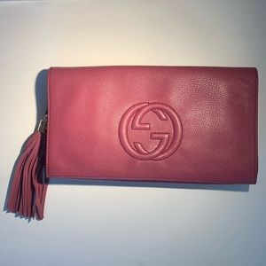 GUCCI Fuchsia Magenta Pink Leather Soho Clutch Bag